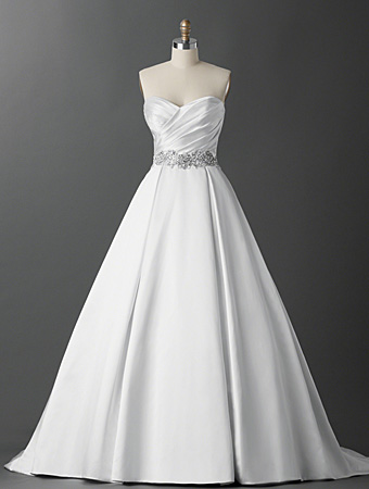 Alfred Angelo Emily detail