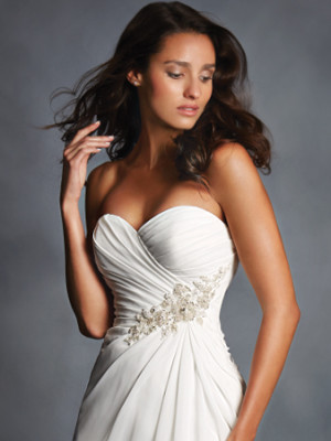 Alfred Angelo Ivy detail