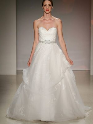 c9e2cf69d0bca Snow White 2017 (278) · Disney Fairy Tale Weddings by Alfred Angelo, Ready  to Wear Bridal