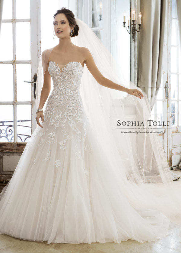 fit-and-flare-wedding-dress-Sophia-Tolli-Y11866_A